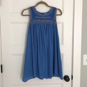 BOUTIQUE STYLE BLUE DRESS